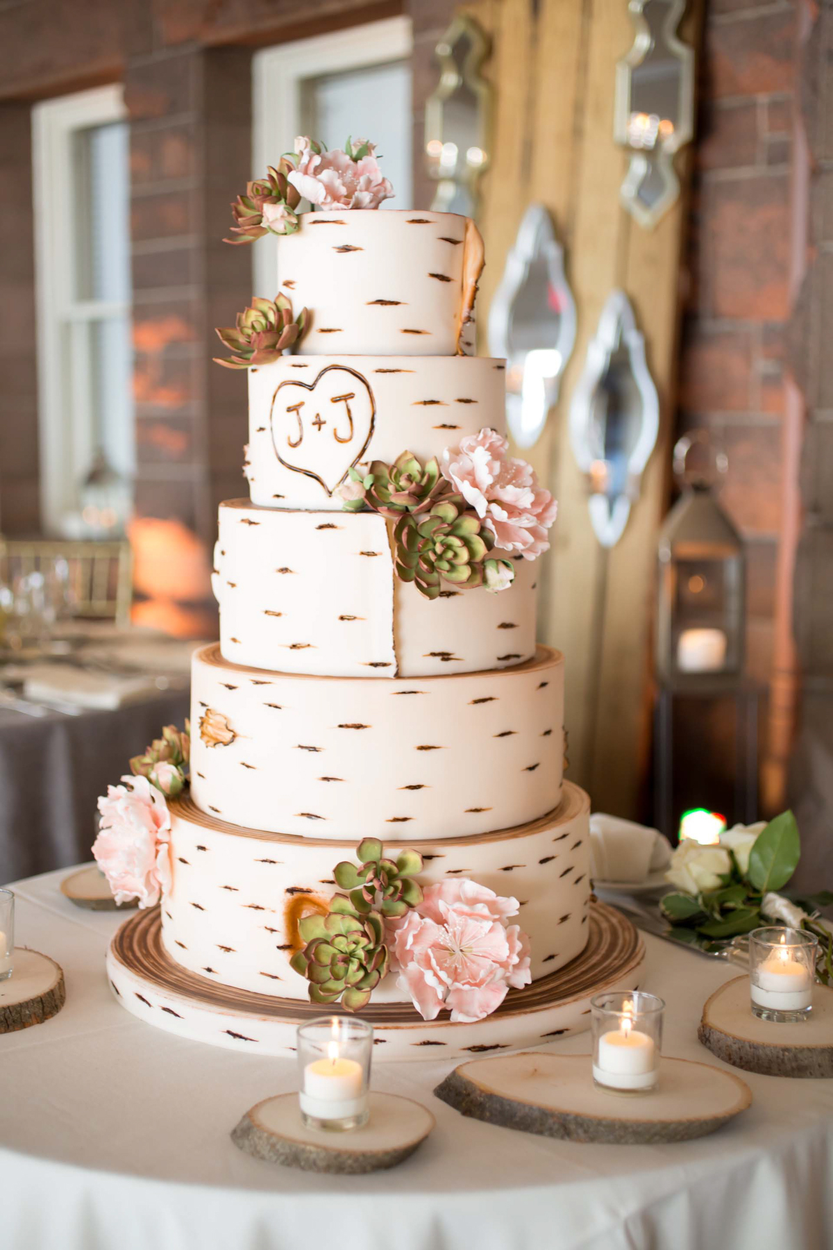 Tree stump ideas for wedding - Photo By Carrie Rodman Photography