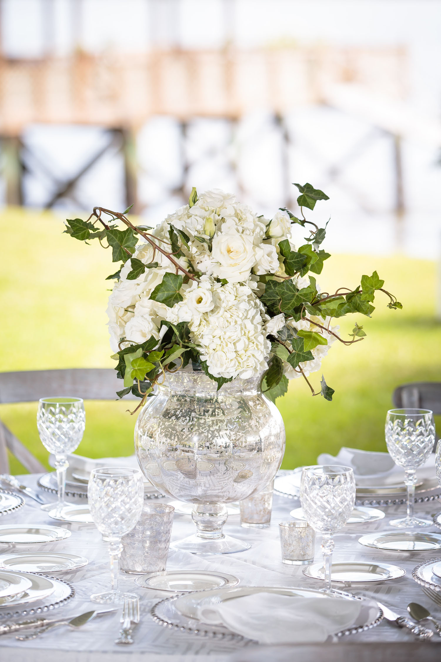 Wedding Ideas: 11 Sleek Silver Details for Your Wedding - Inside ...