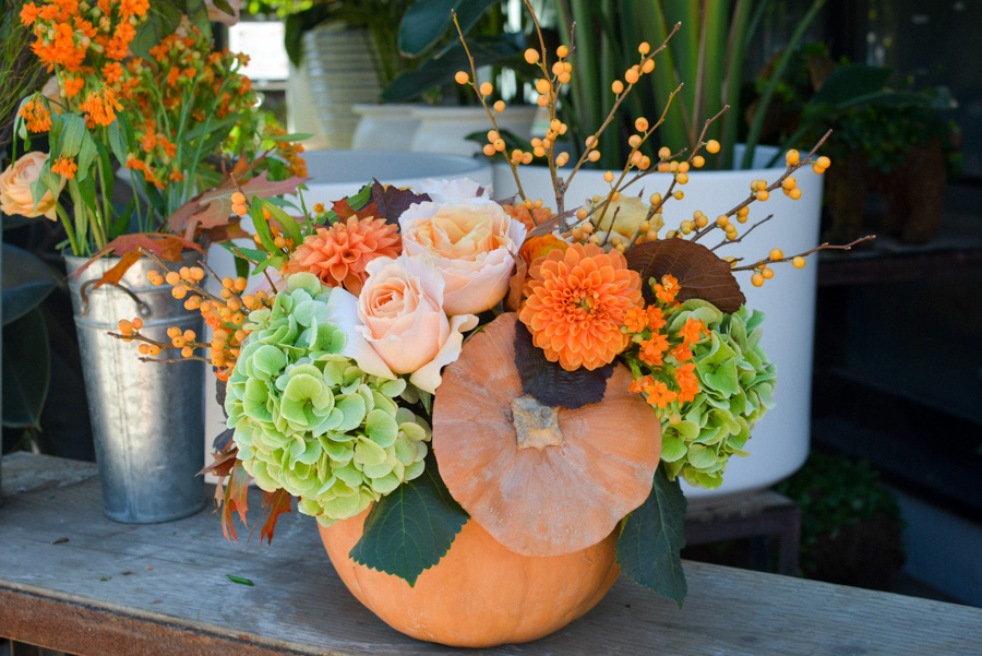 Ideas For Fall Wedding Centerpieces: Pumpkin Centerpiece Tutorial With Fall Foliage And Flowers