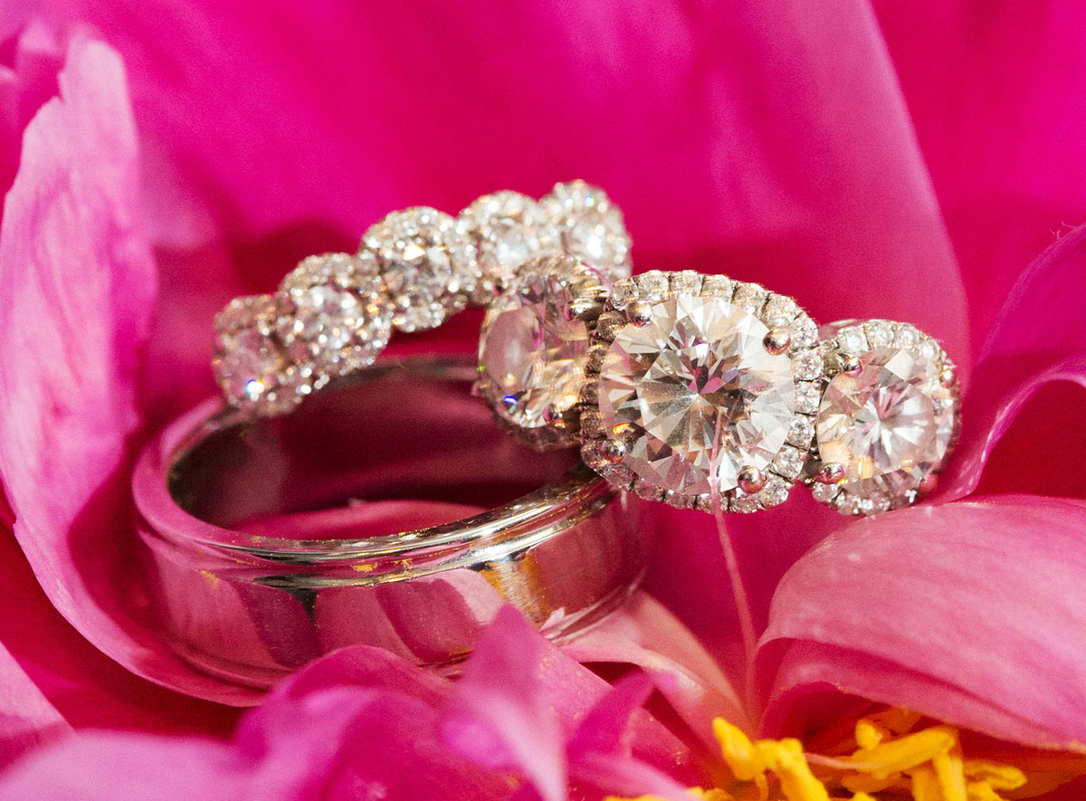 Wedding Jewelry: Different Styles of Three-Stone Engagement Rings ...