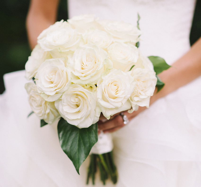 classic white bridal bouquet ivory roses