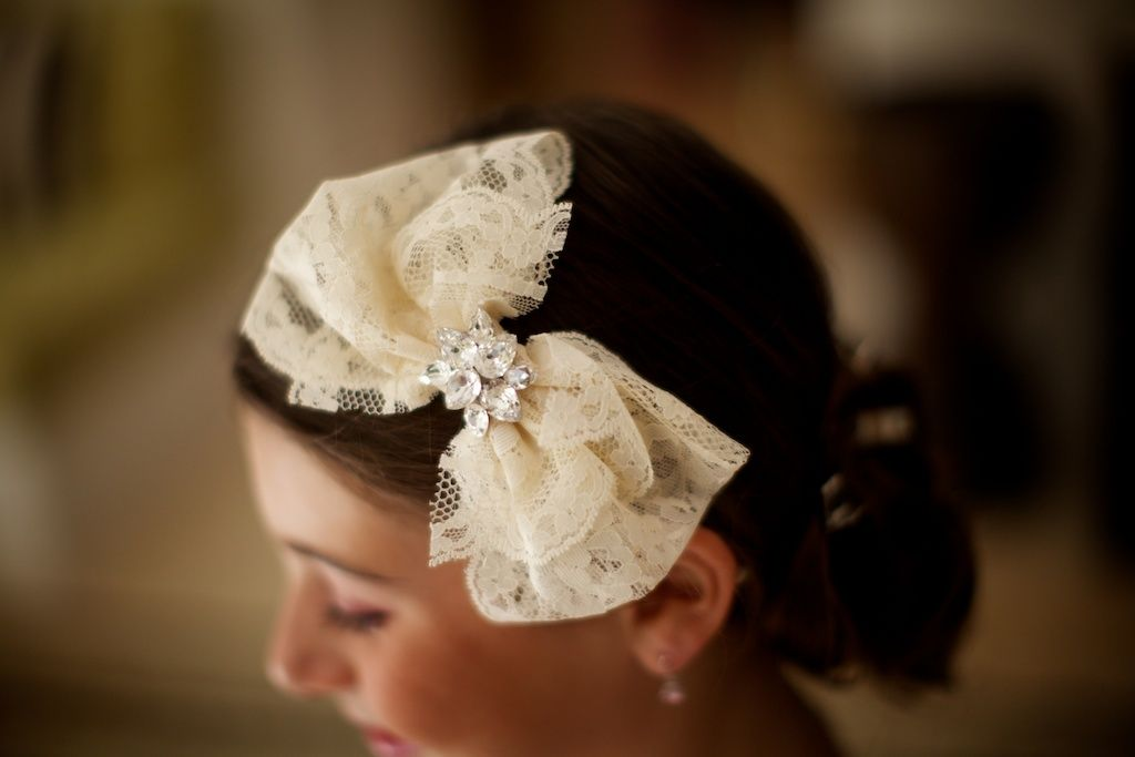 flower girl lace hair bow details