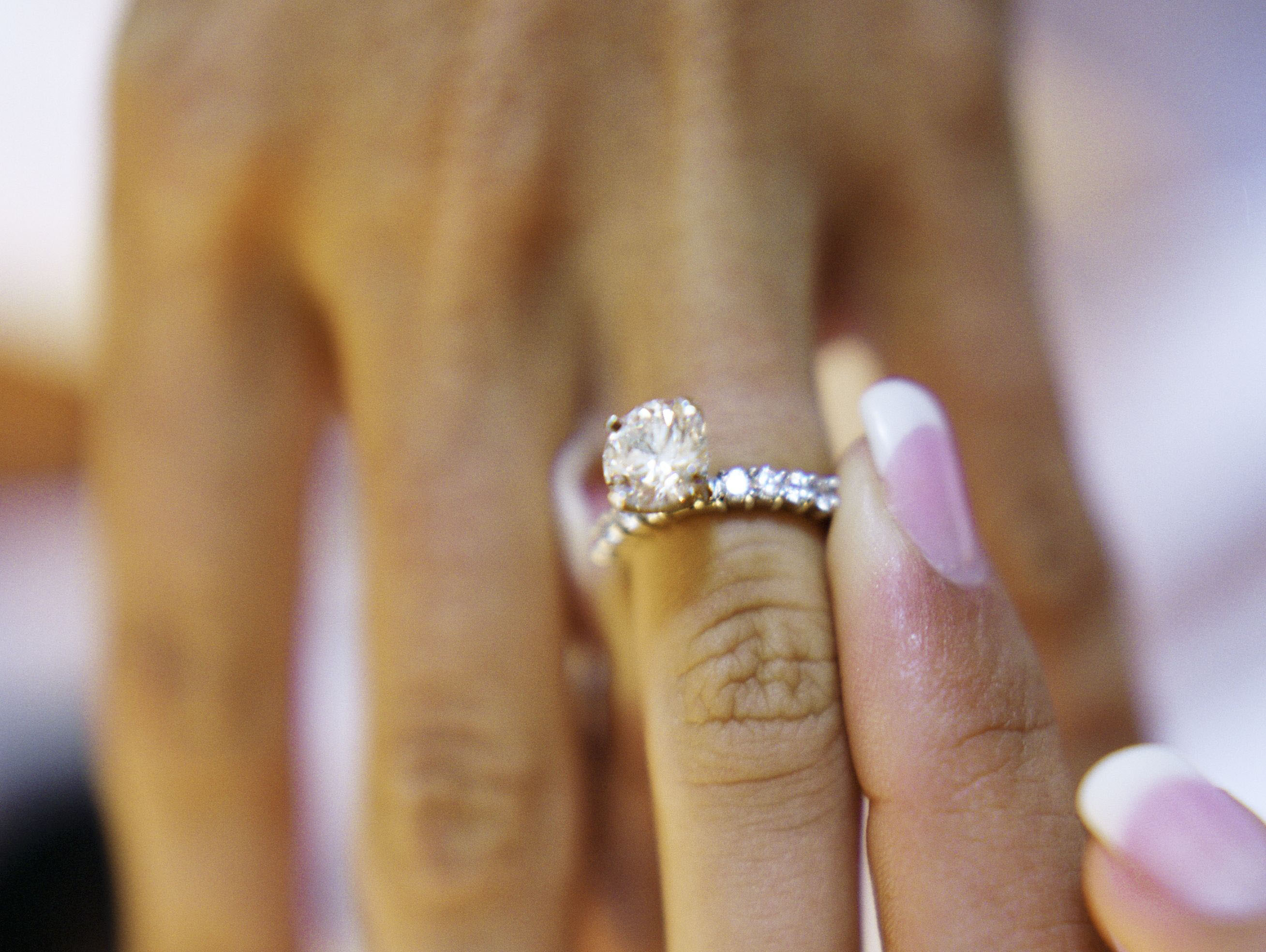 morena baccarin engagement ring inspiration, round solitaire high set pave