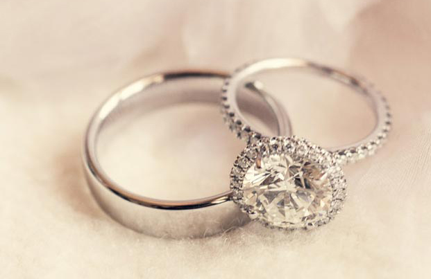 morena baccarin engagement ring inspiration, diamond with halo pave band