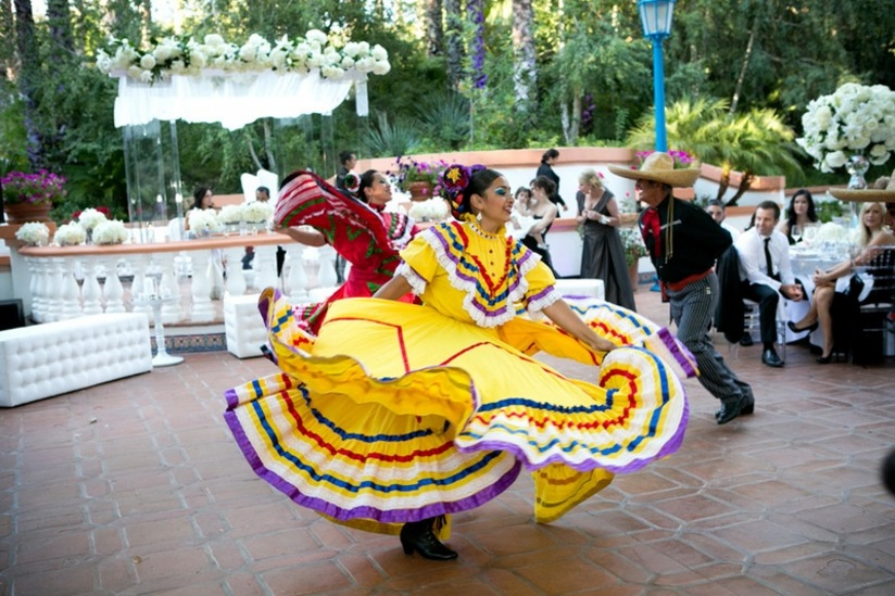 ballet de folklorico de mexico dancers entertain perform at wedding reception