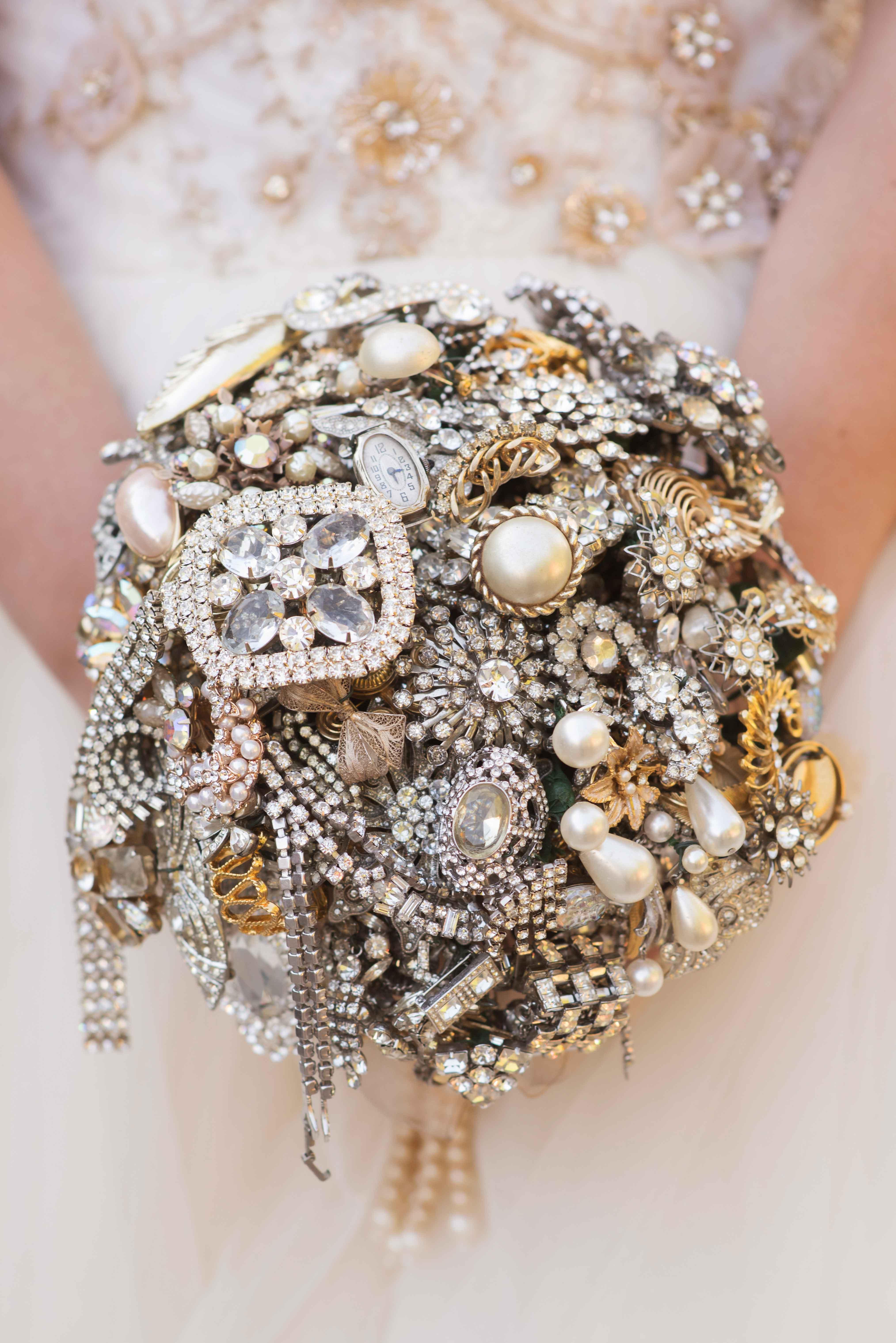 Winter Wedding Bouquet Ideas Brooch Jeweled Jewels
