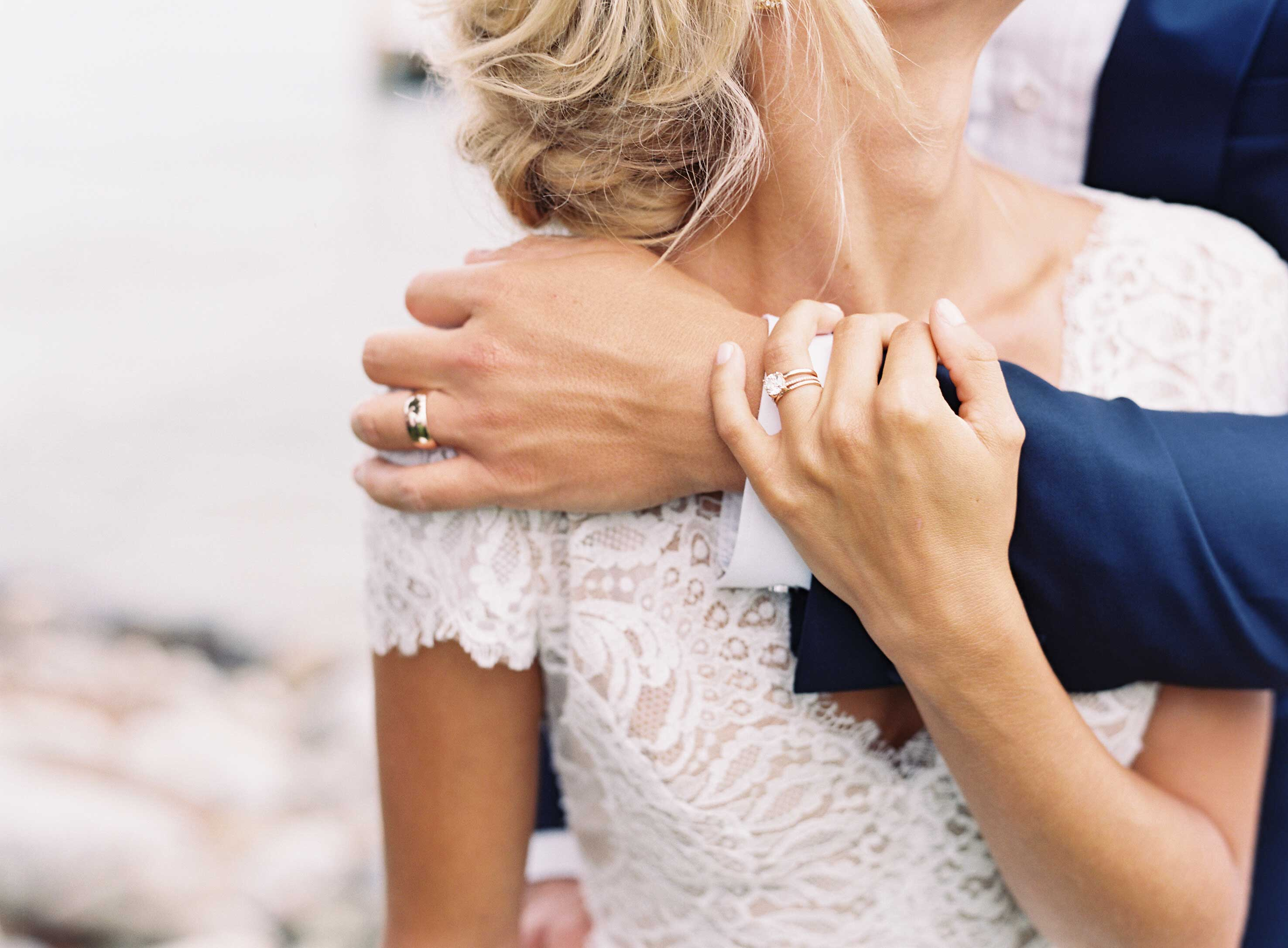 grooms share how they found the perfect engagement ring