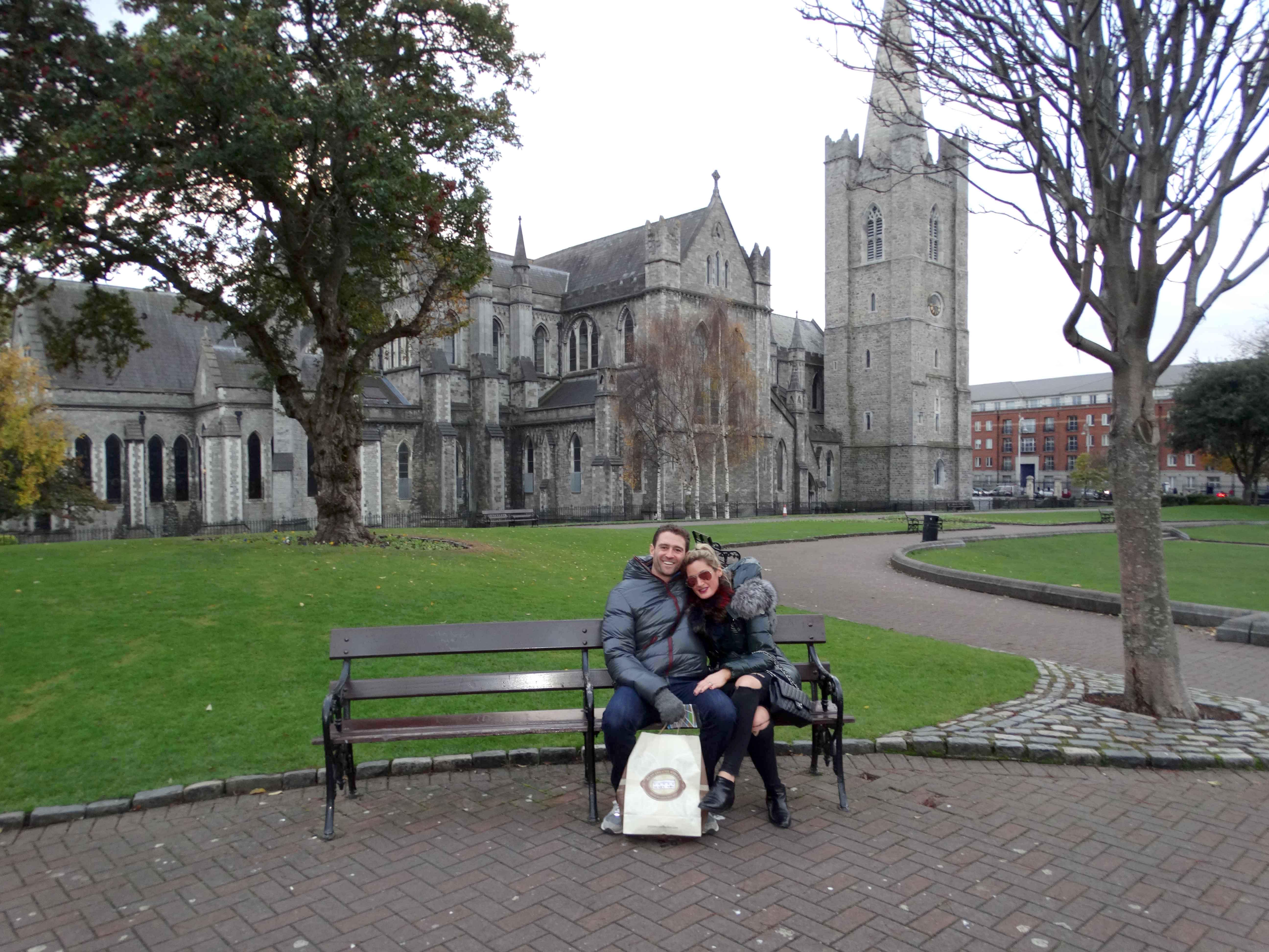 Newlywed couple in Ireland