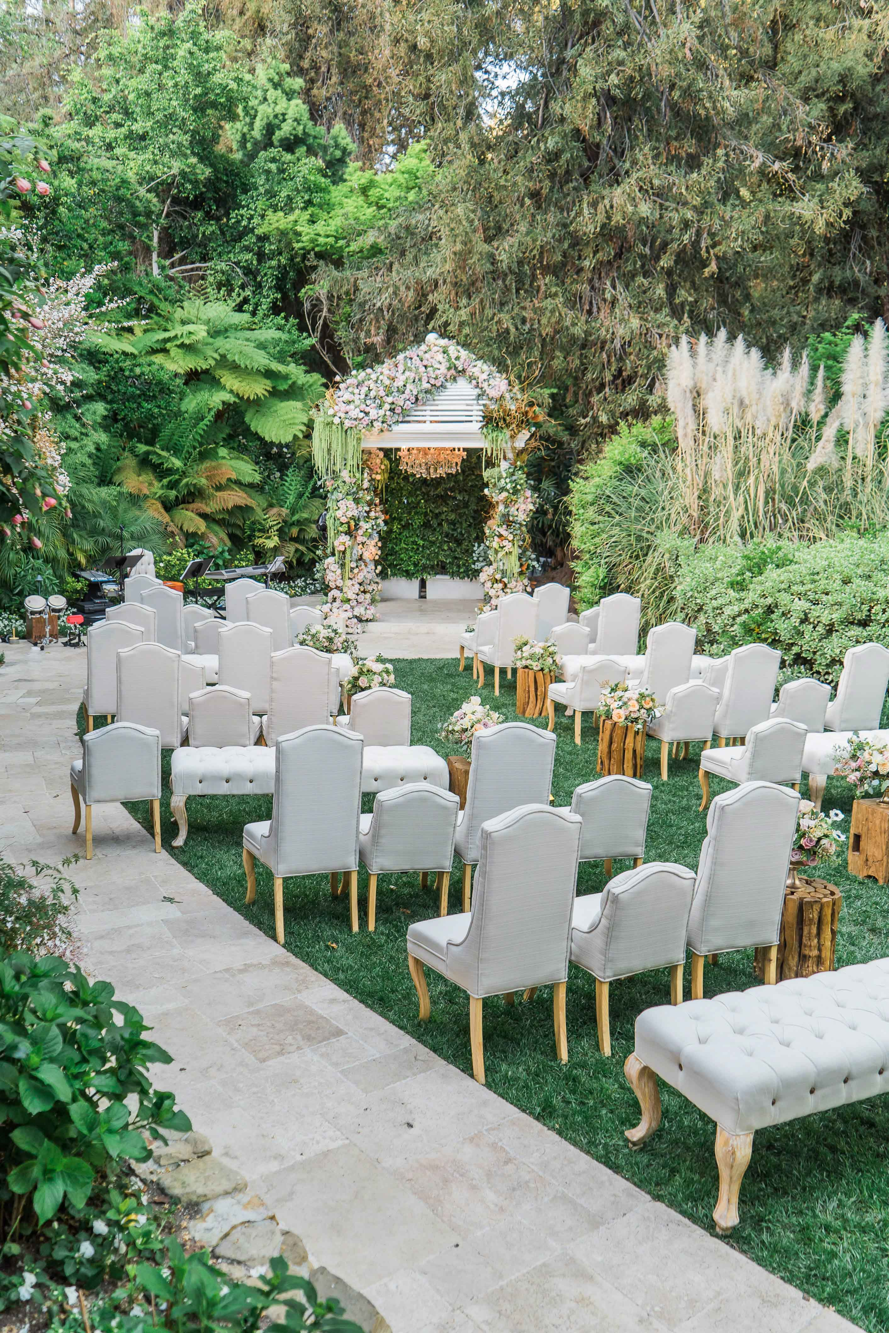 Hotel Bel-Air wedding ceremony unique seating garden wedding outdoor Inside Weddings winter 2017 issue