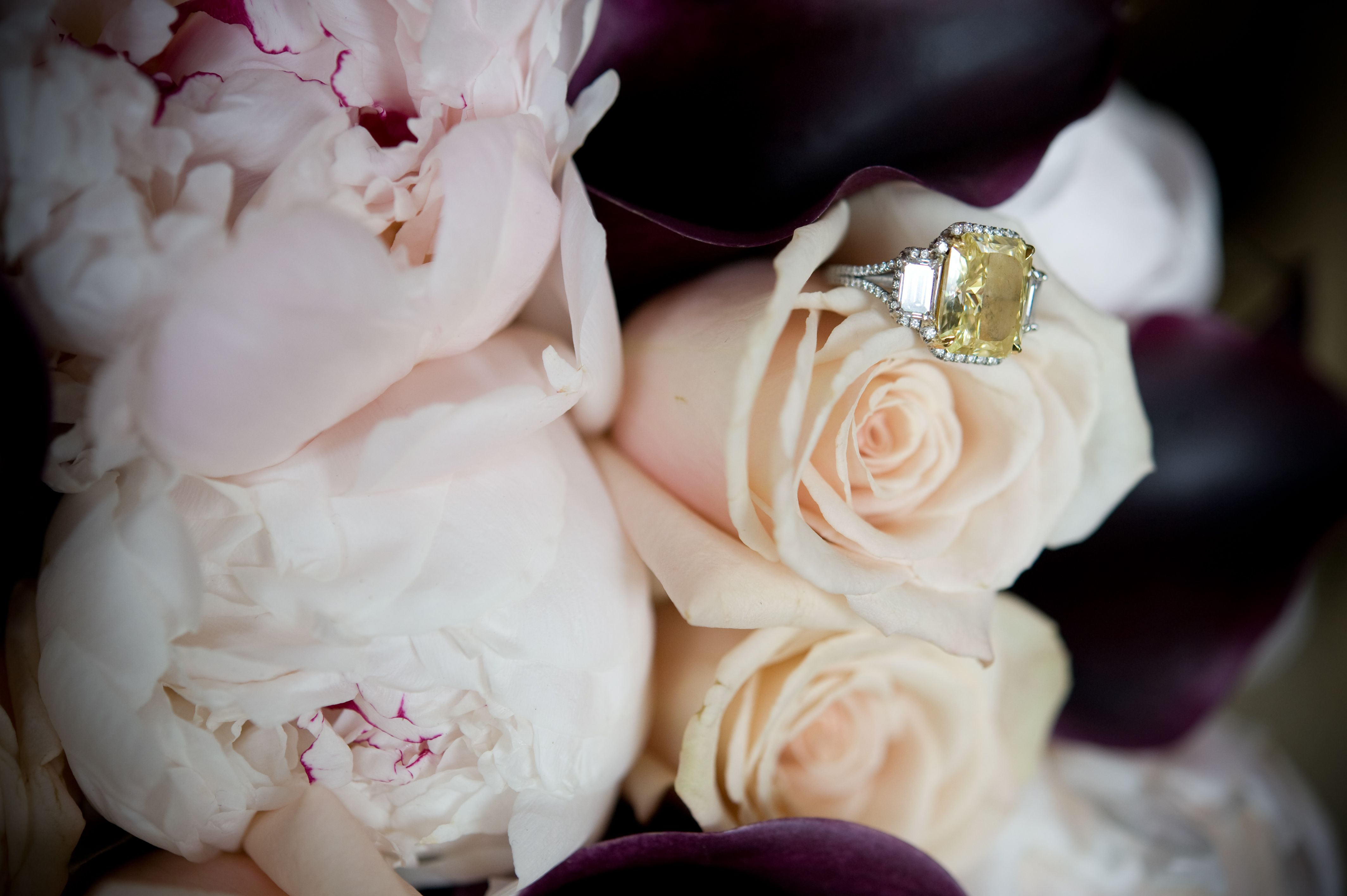 jesse plemons engaged to kirsten dunst engagement ring inspiration yellow diamond side stones
