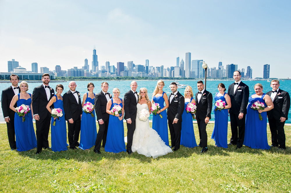 wedding party group shot in chicago, alternating bridesmaid and groomsmen