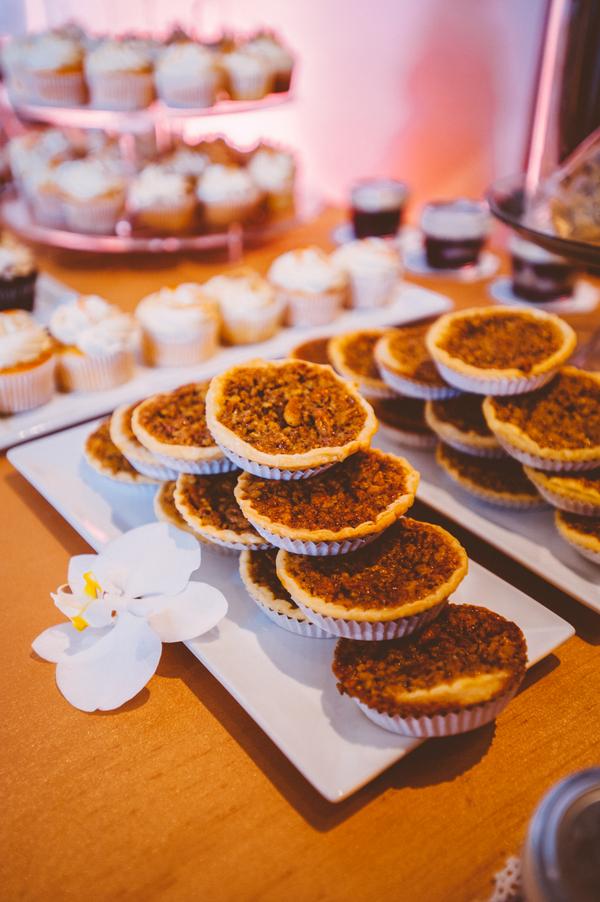 pi day, pie at wedding, alternative wedding desserts