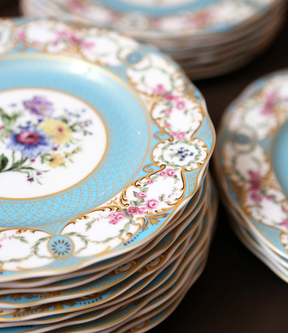 pastel wedding inspiration, blue patterned china