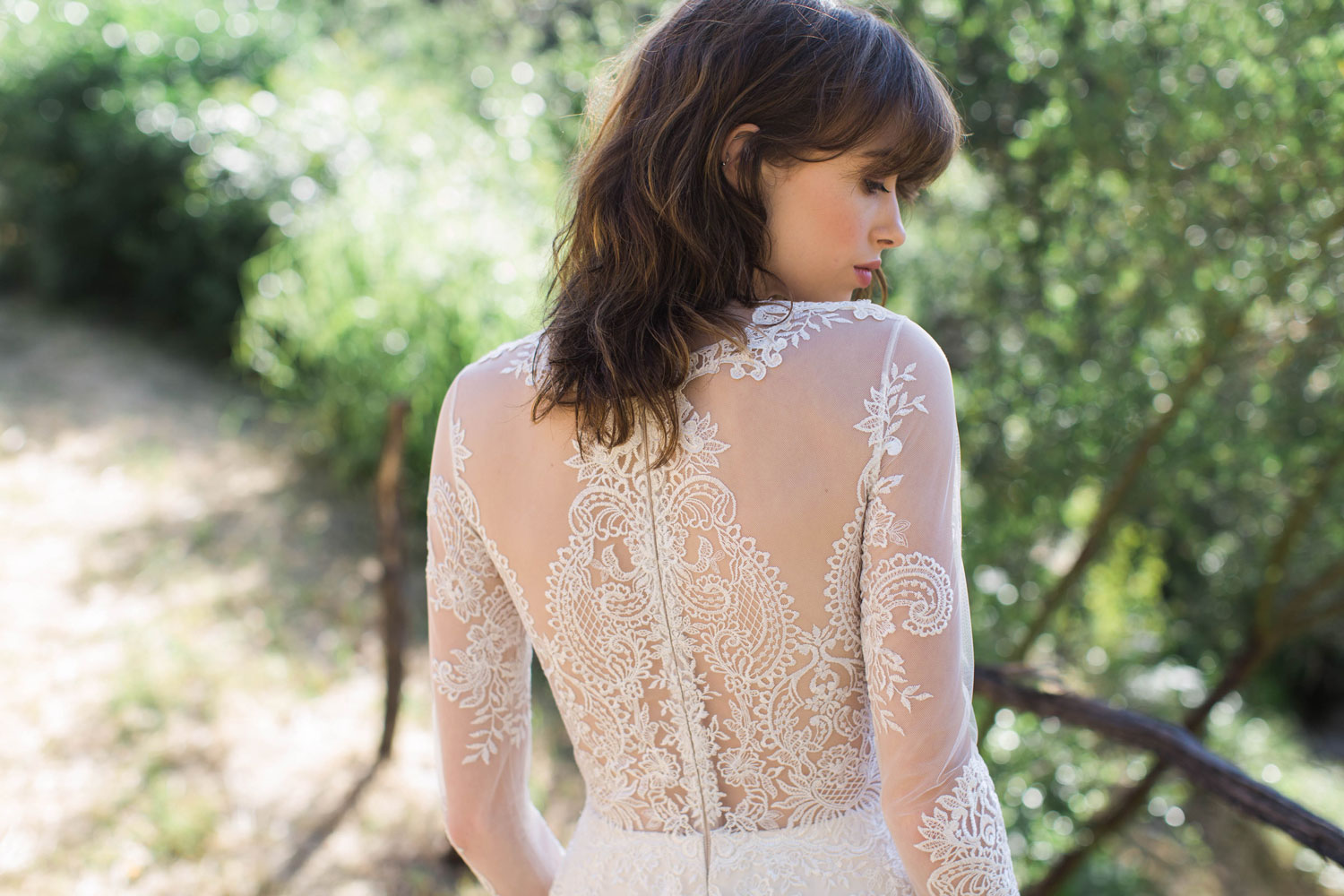 Claire Pettibone Romantique stylized shoot in Malibu California Dreamin' collection Pasadena wedding dress lace back