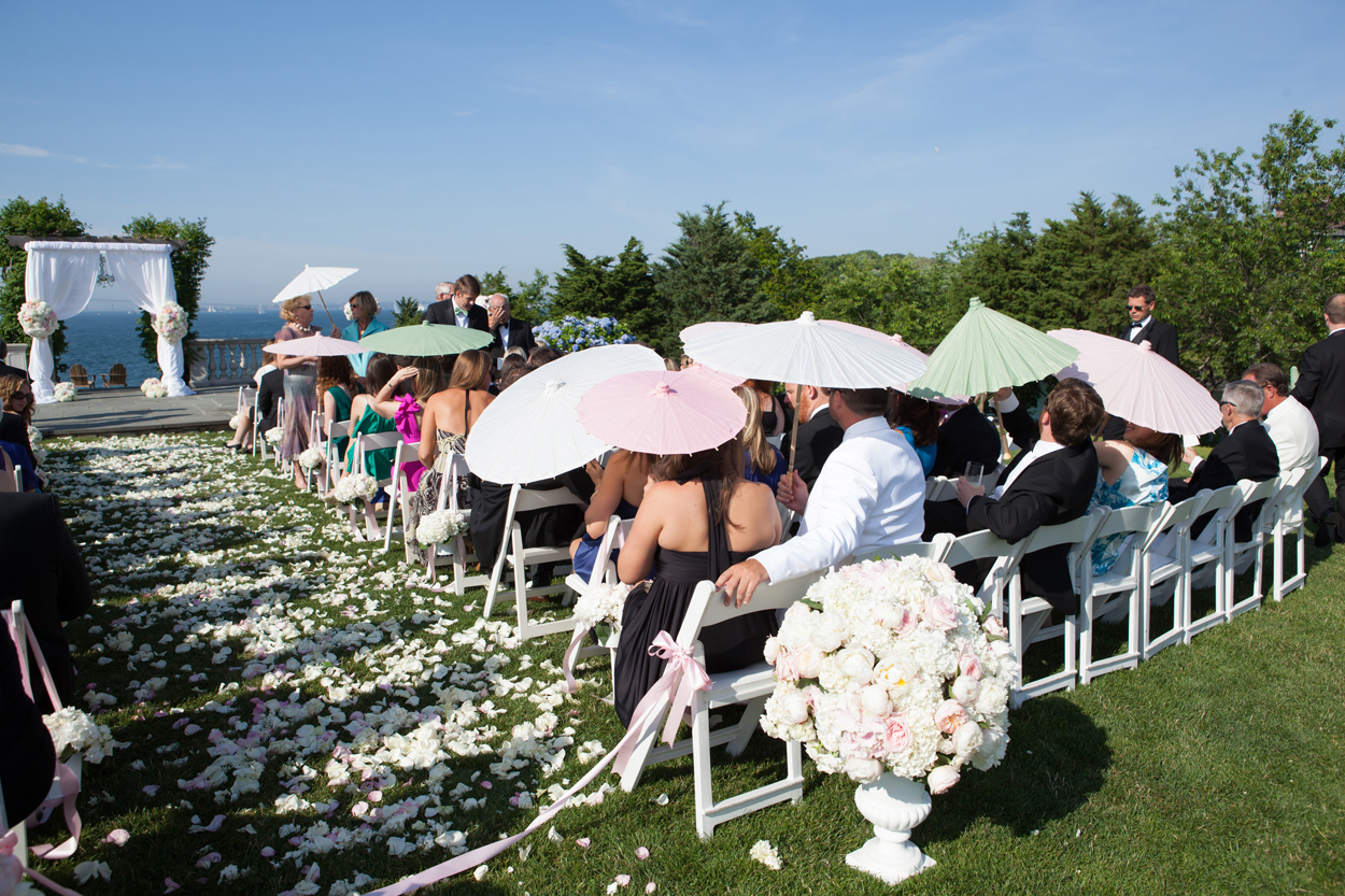 dos and don'ts for a summer wedding