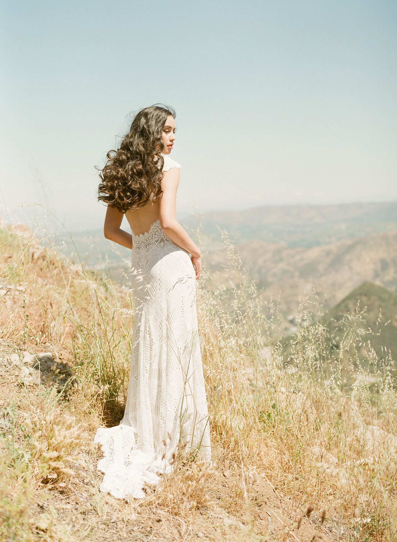 Claire Pettibone Romantique 2018 The Vineyard Collection Calistoga cap sleeve keyhole back wedding dress