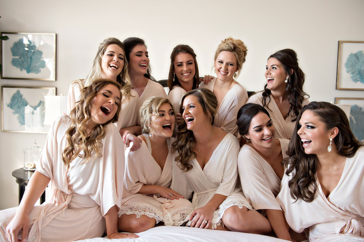 What to do the morning of your wedding while getting ready with bridesmaids
