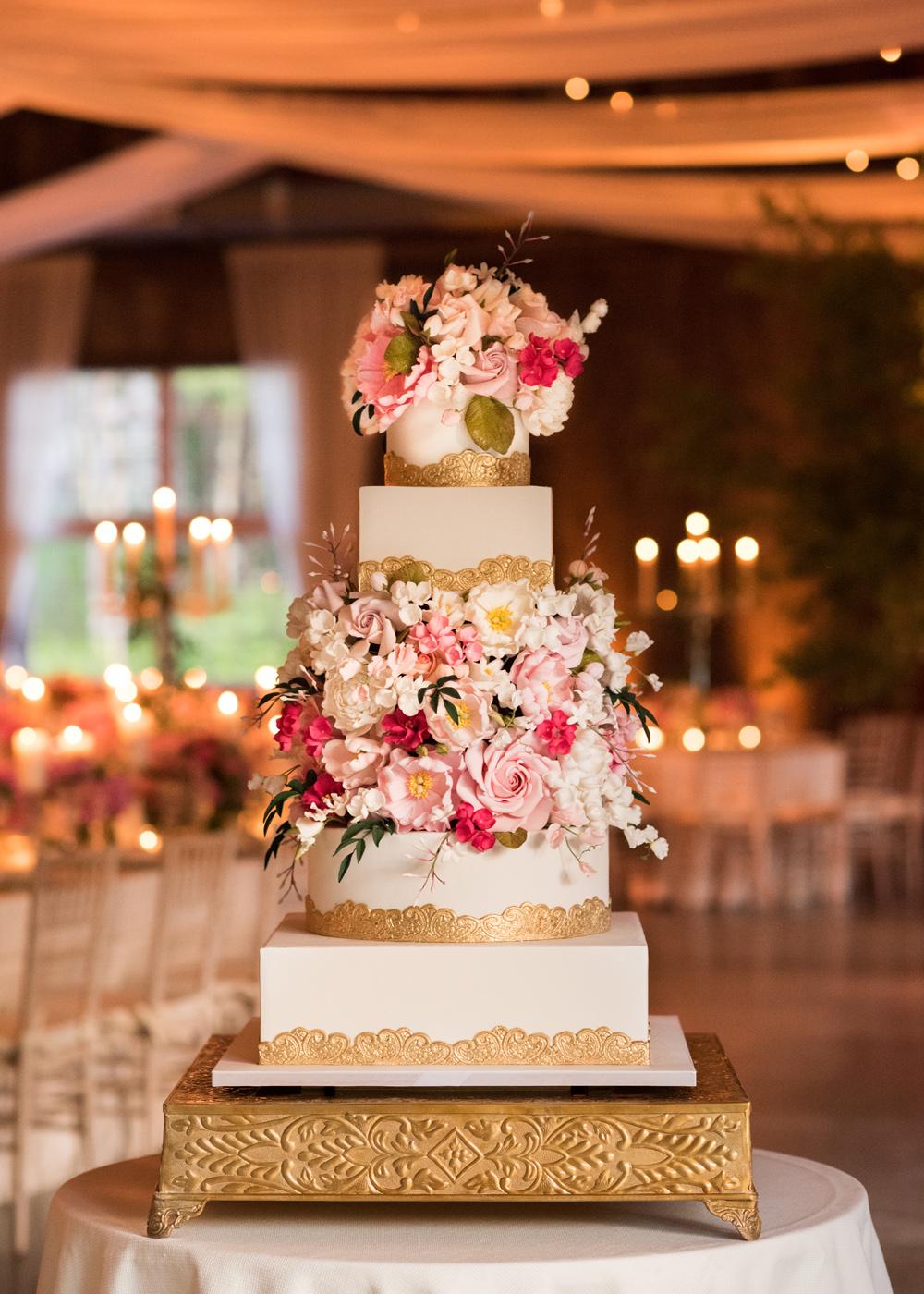 Pretty square cake design wedding cake ideas gold details fresh flowers