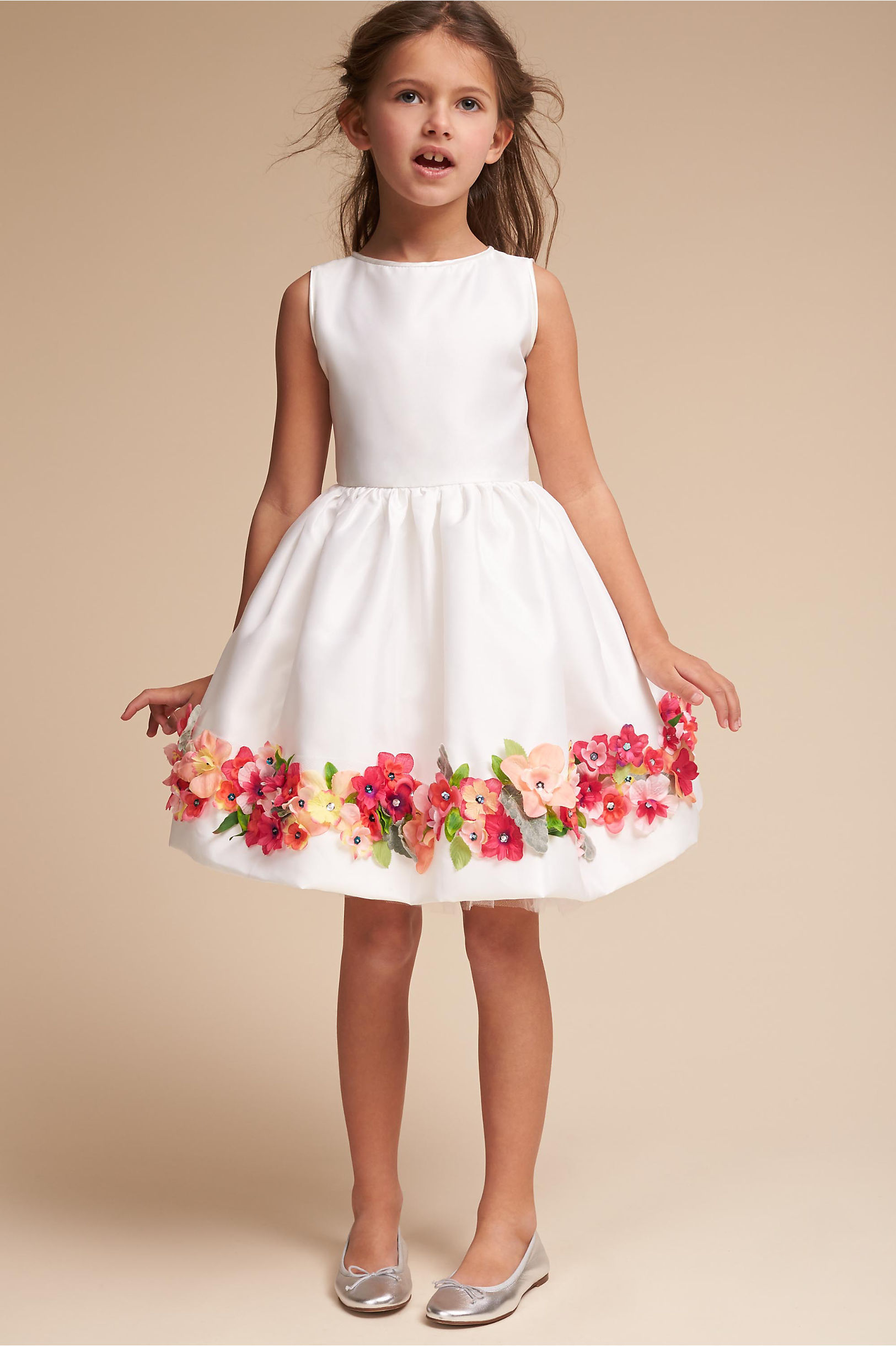 Shop girlsâ dresses that are perfect for formal or casual events. Whether she needs a sun dress for a warm summer day or a formal dress for a special occasion, you can find all the little girlsâ dresses she needs for a well-rounded wardrobe.