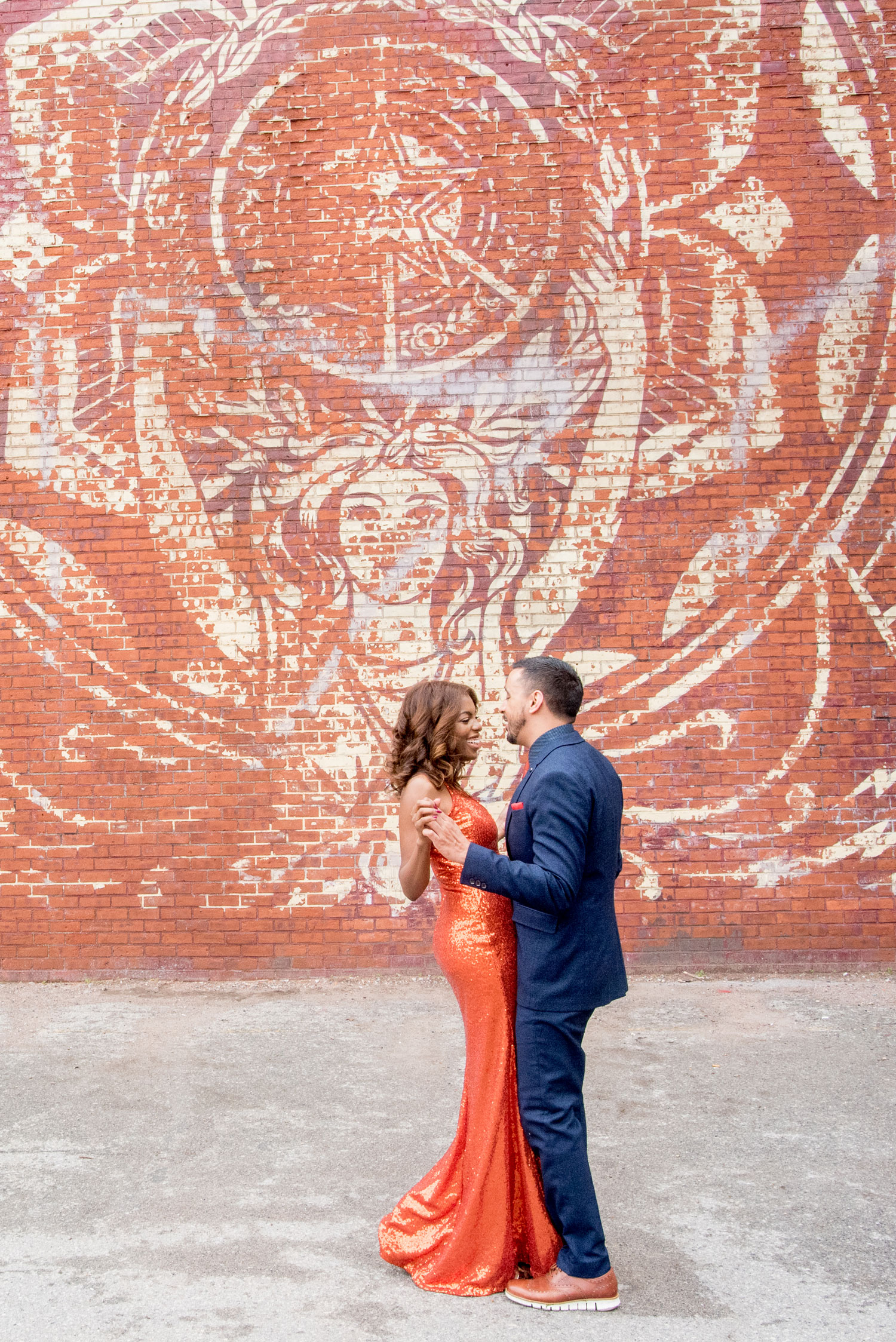The Dumbo neighborhood Brooklyn new york engagement shoot e-session ideas in city