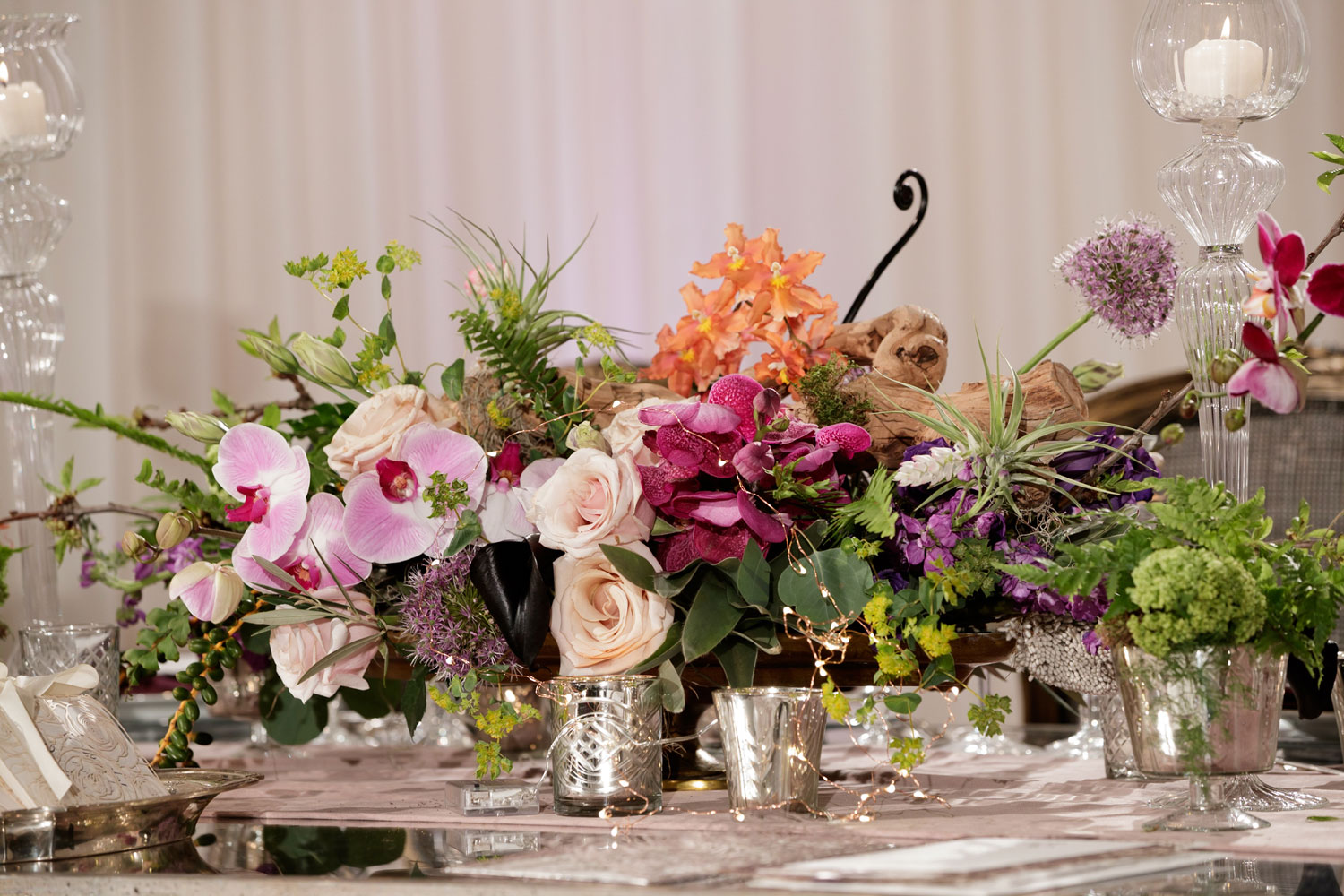 Inspired Wedding styled shoot A Romantic Affair Bob & Dawn Davis Photography centerpiece flowers low
