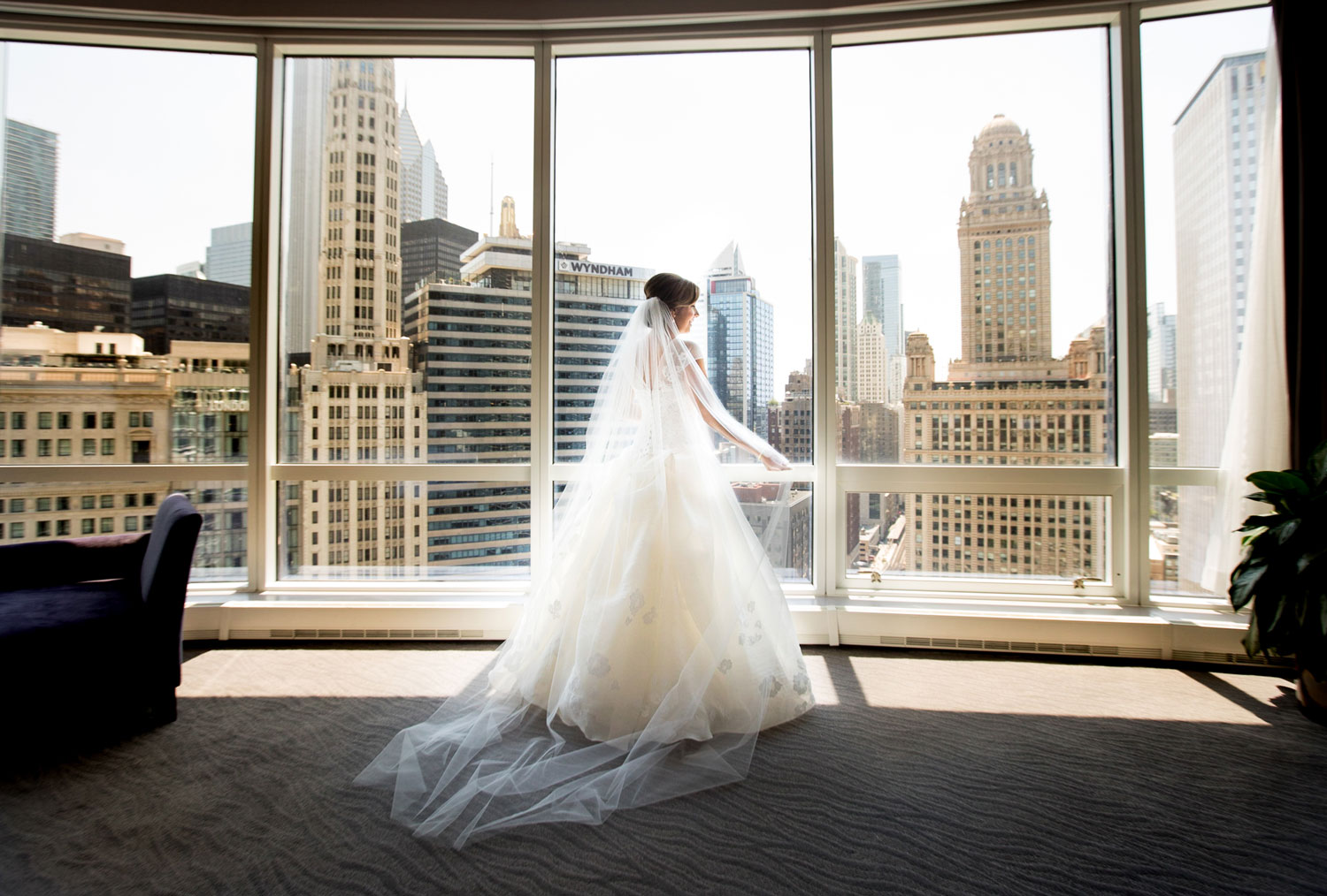 Should You Shop for Your Wedding Dress Alone? - Inside Weddings