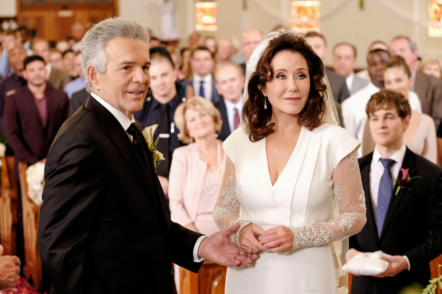 major crimes lt. andy flynn and capt. sharon raydor wedding, major crimes shandy wedding, tony denison and mary mcdonnell