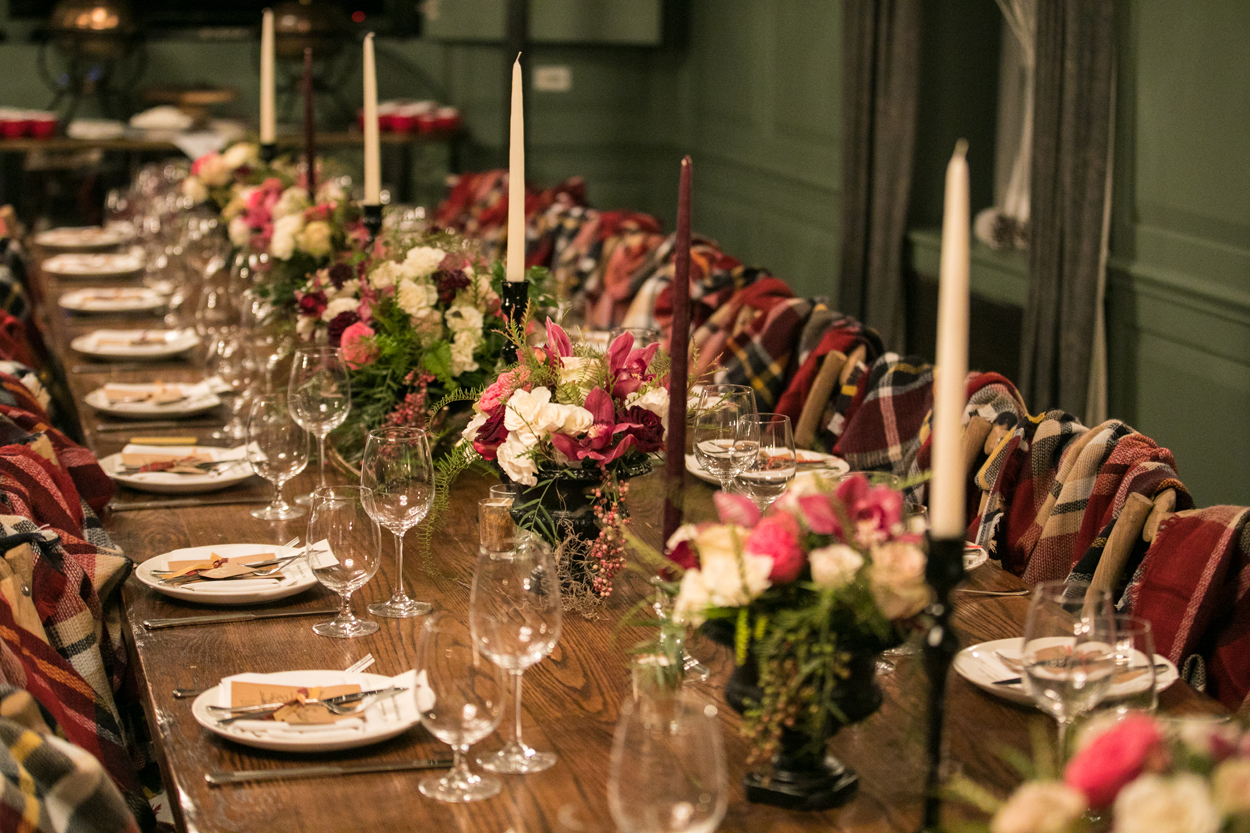 plaid themed holiday party color palette, how to plan a holiday party