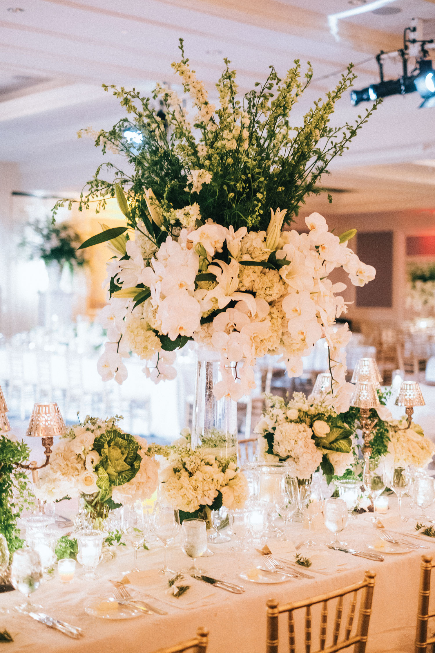 Inside Weddings winter 2018 issue preview real weddings wedding ideas white flowers decor