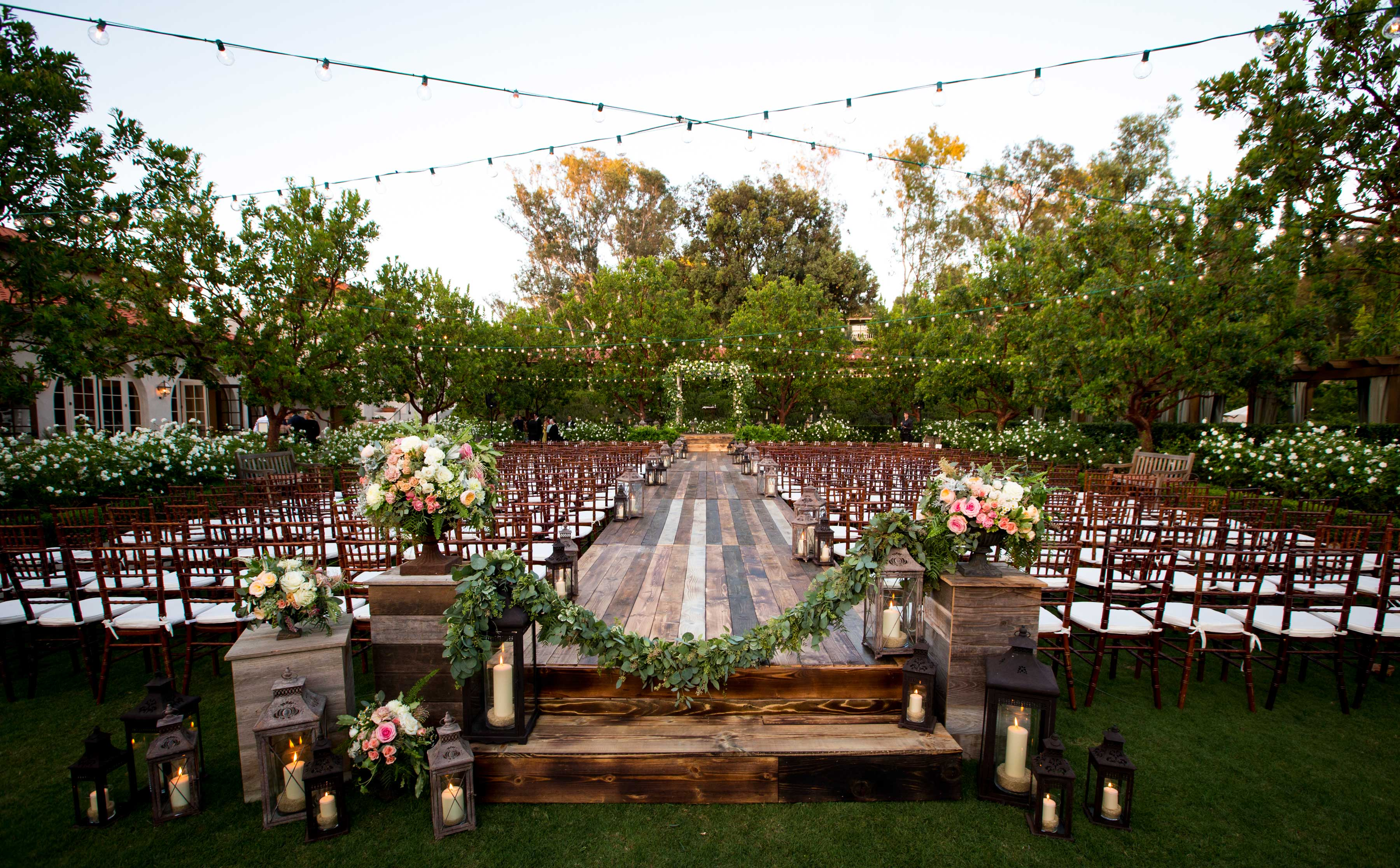 Wood plank raised stage wedding ceremony ideas