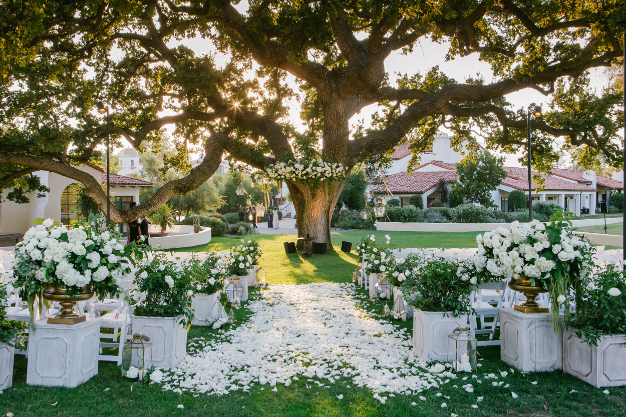 Wedding Ideas: 10 Ways To Decorate Your Ceremony Aisle