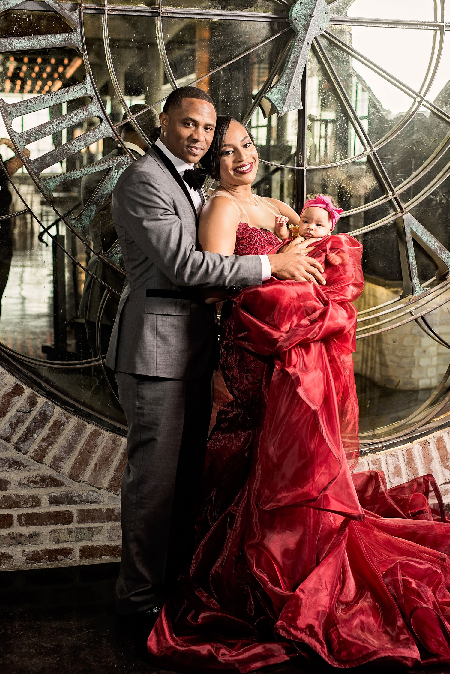 Kacey Angulo and Tony Sipp Houston Astros baseball player wedding engagement photo shoot session with daughter