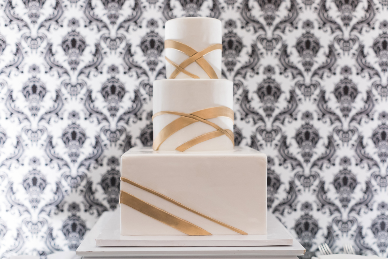 White and gold modern wedding cake ideas different shape tiers layers