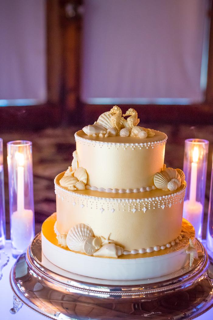 Tropical wedding cake idea beach theme sand starfish seashell