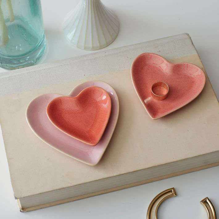 Nesting heart trinket dish valentine's day gift ideas