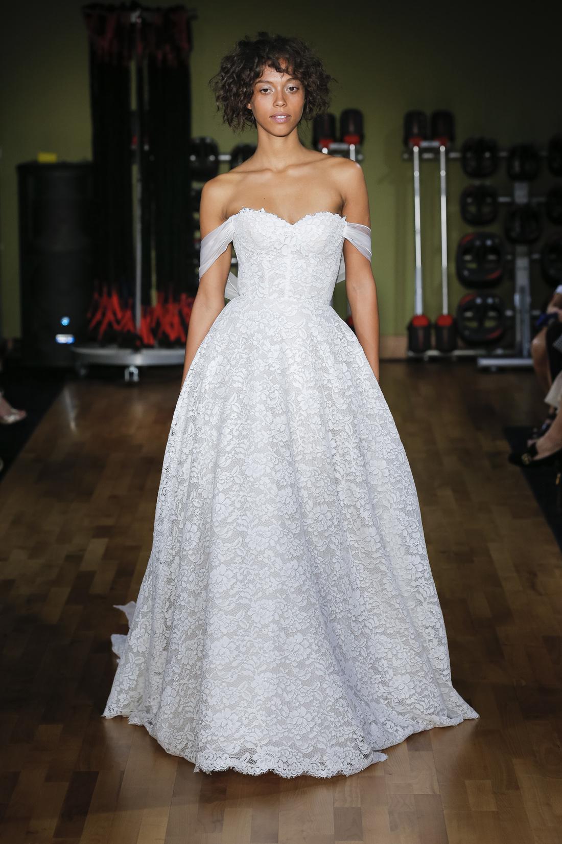 Rivini wedding dress sweetheart neckline with off the shoulder straps