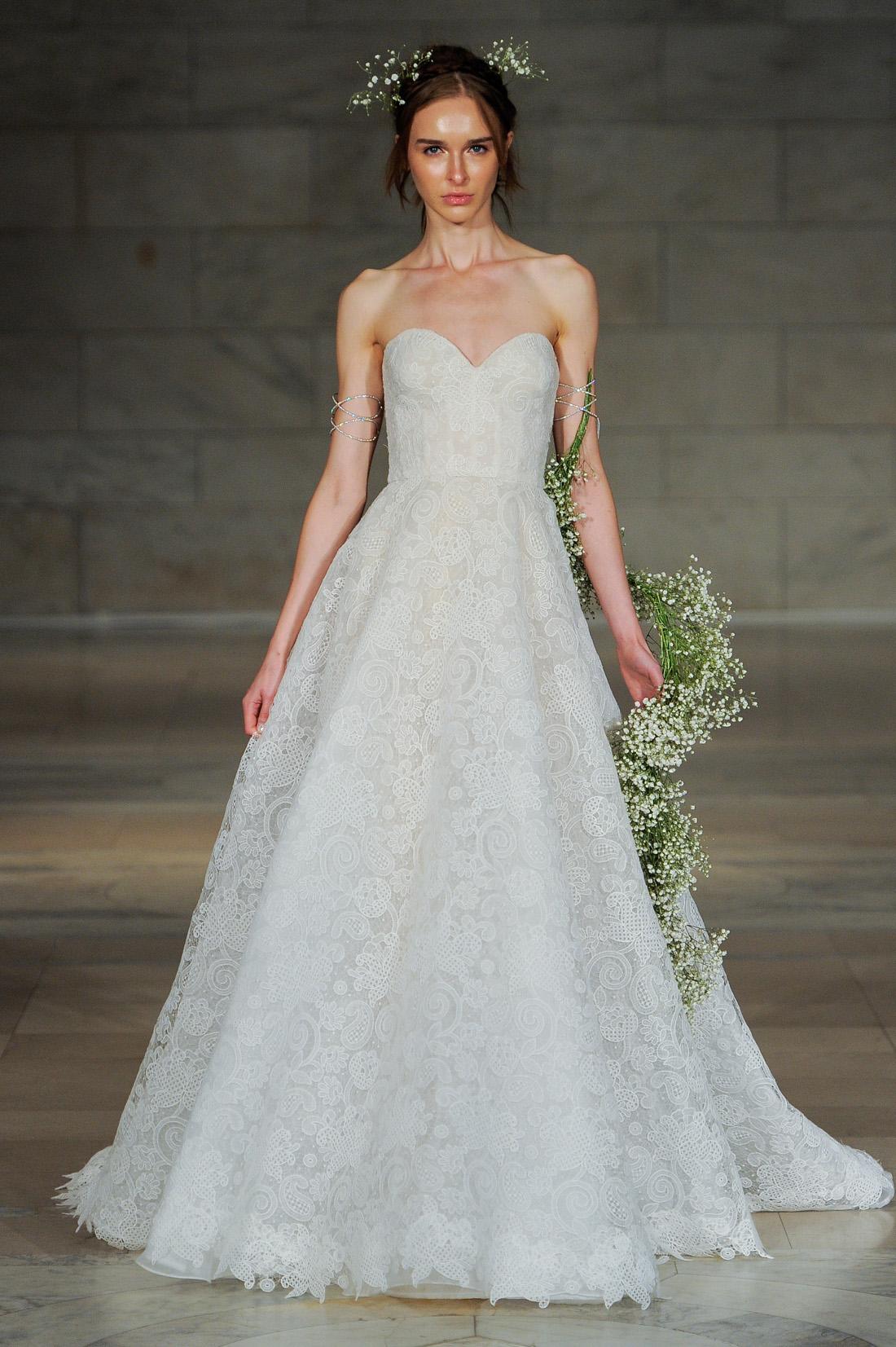 Reem acra wedding dress sweetheart neckline bridal gown ideas