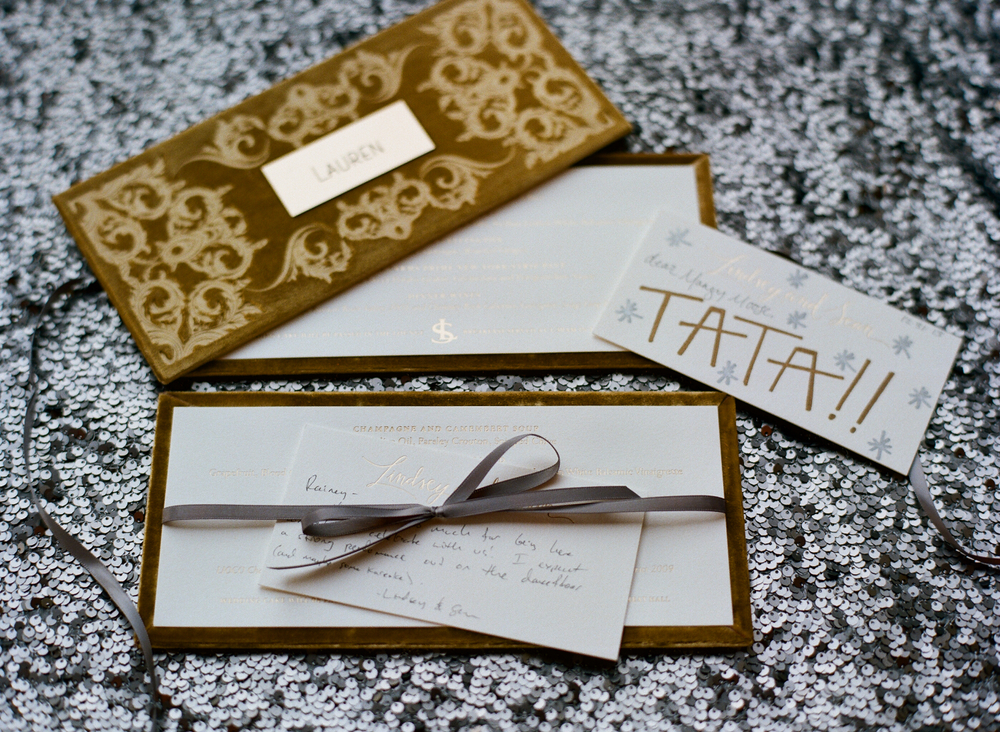 Personalize wedding ideas handwritten note to every guest