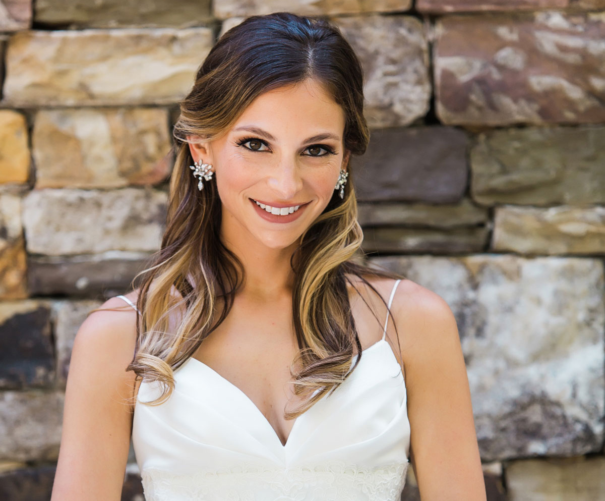 how to get a whiter smile before your wedding, whiter teeth for your wedding