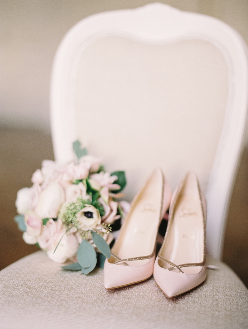 Pastel wedding ideas light pink shoes