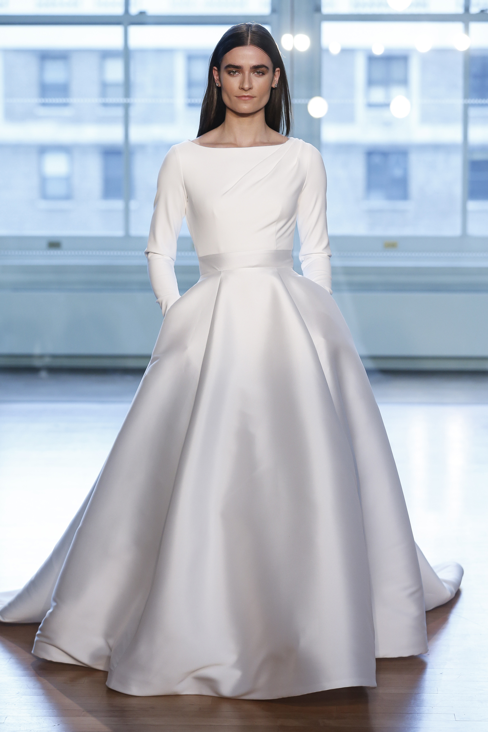 Meghan Markle Wedding Dresses.Be Inspired By Design Elements From Meghan Markle Wedding Dress