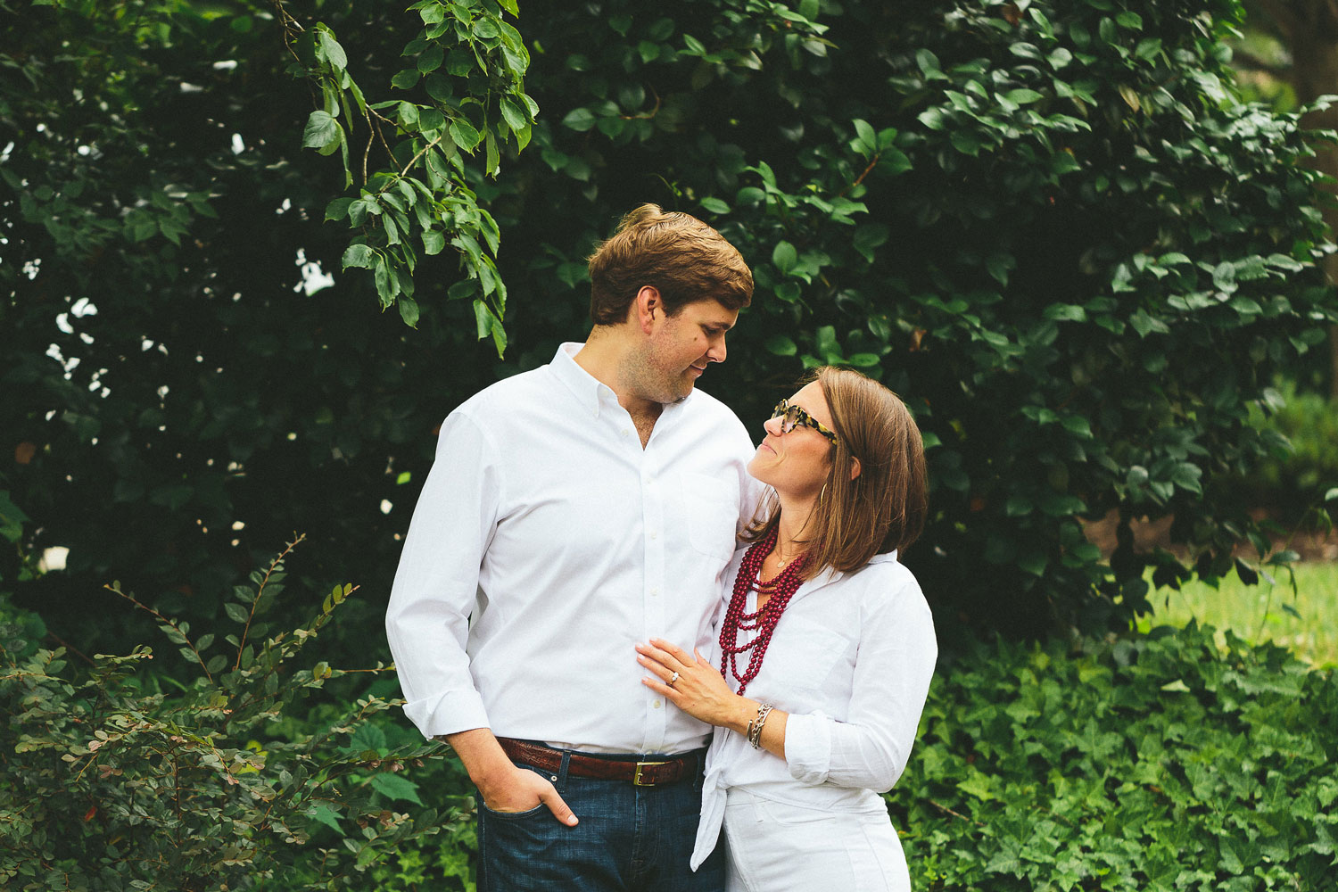 Callie Wamsley and Chase Langhorne engagement shoot wedding e-session ideas