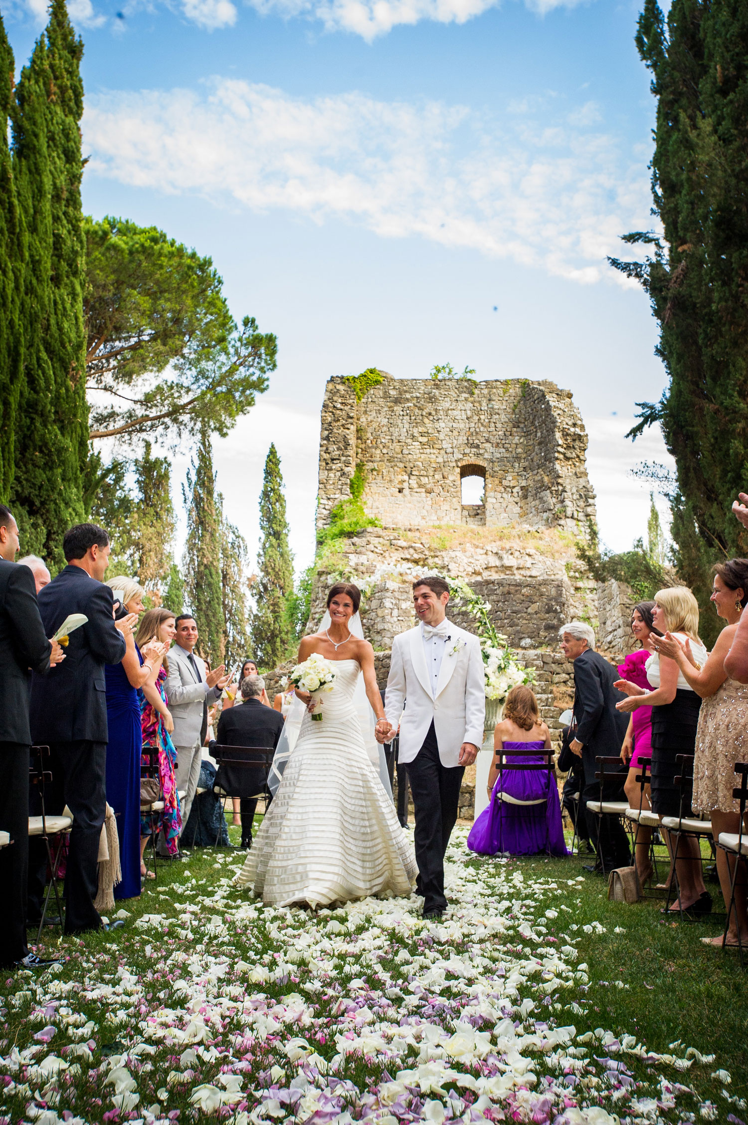 Outdoor wedding ceremony italy historic site pretty ruins