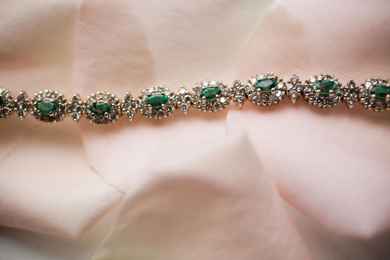 Princess Eugenie wedding jewelry inspiration emerald antique vintage bracelet
