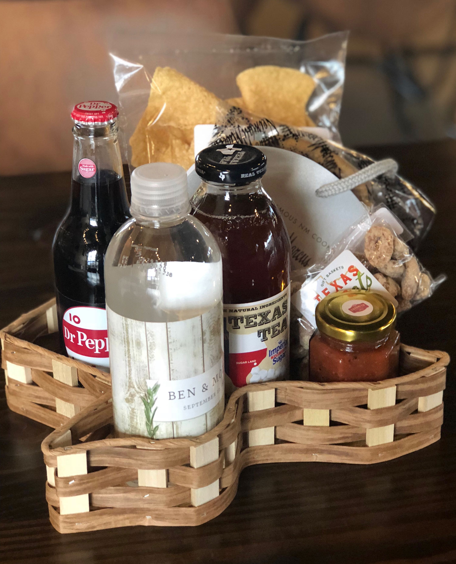 Texas shaped basket for welcome bag wedding ideas