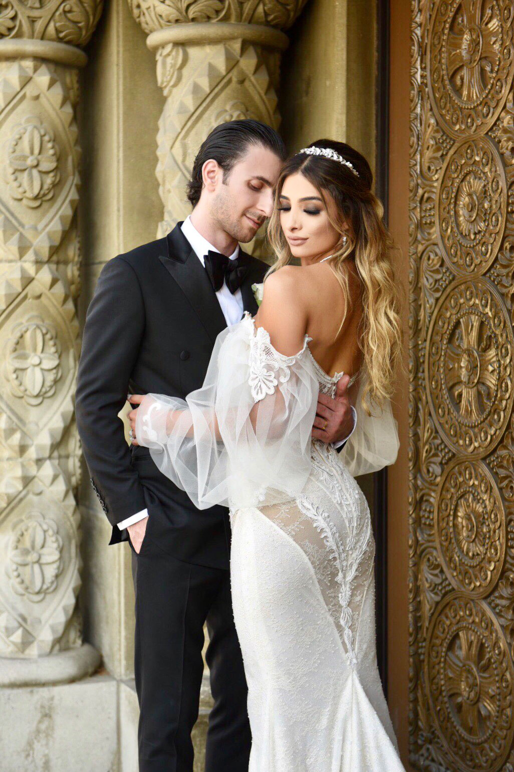 Real bride in Galia Lahav wedding dress low back sheer lace sheer long puff sleeves