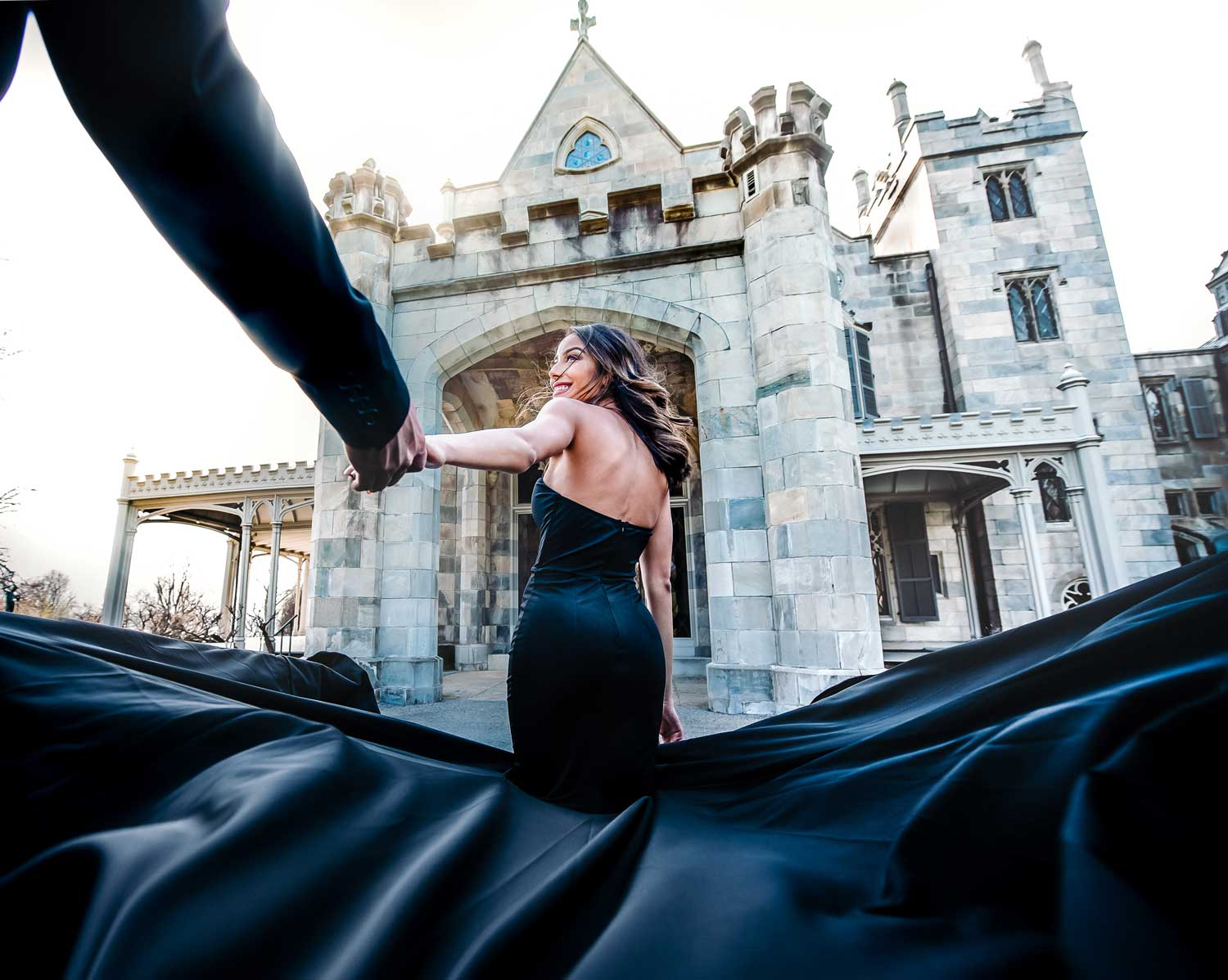 New York engagement photo shoot at lyndhurst mansion engagement photos follow me picture