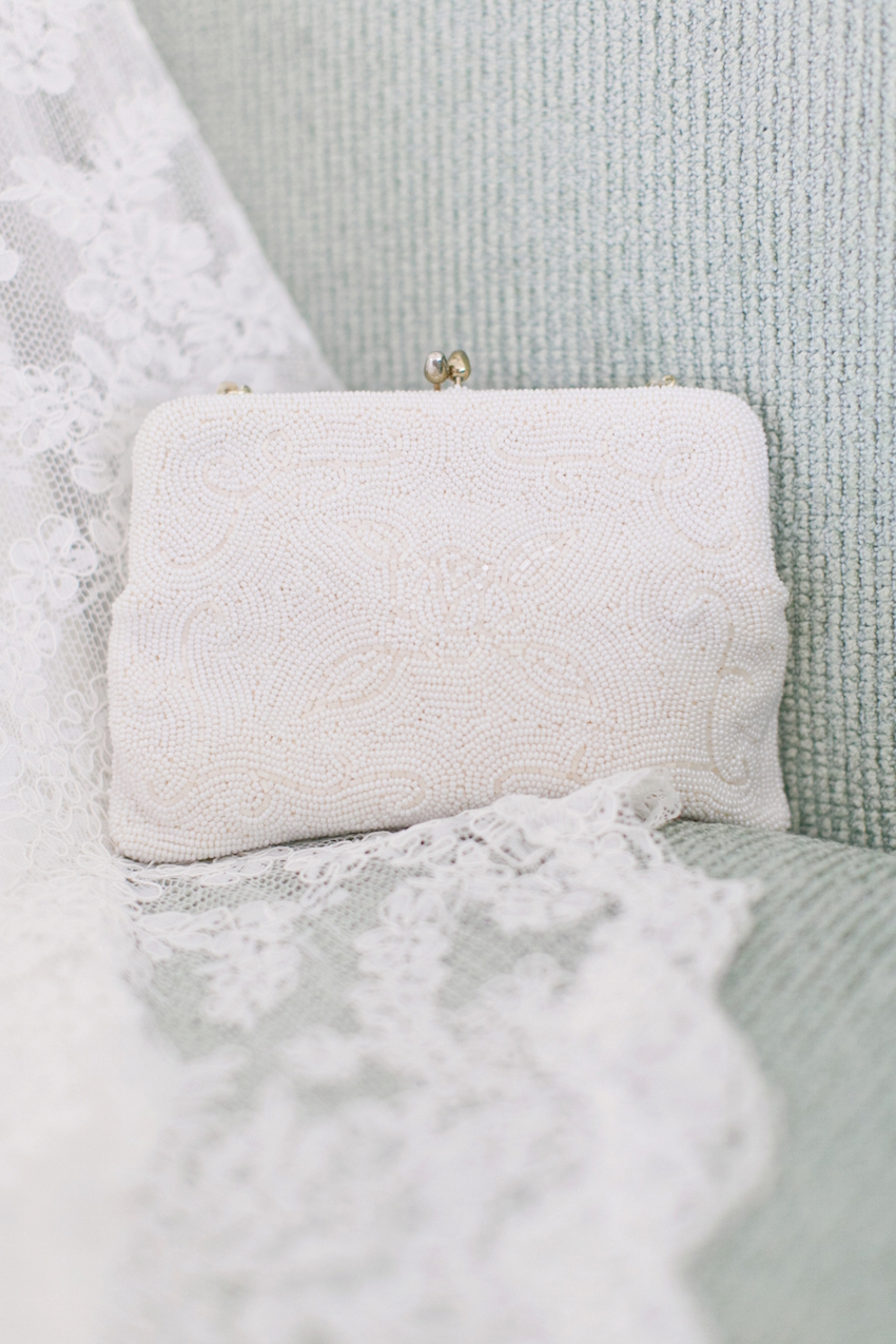 beaded wedding clutch bridal bag ideas