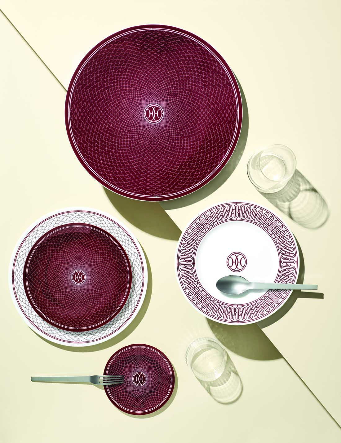 gearys holiday entertaining pieces to add to registry, Hermes H Deco Red Dinnerware