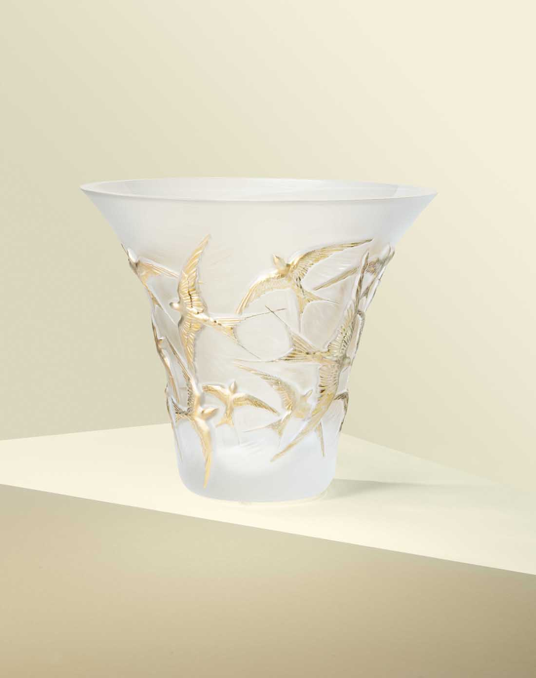 gearys luxury entertaining pieces, Lalique Hirondelles Flared Vase